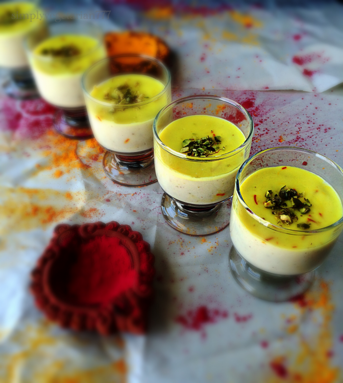 Thandai Pudding is a delicious dessert delicately flavored with Thandai Spice Mix, a festive spice mix. It is a fusion dessert perfect for your festivals and Holi. #holidesserts #pudding #eggfreedessert #thandairecipe #indiandesserts