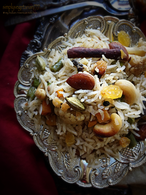 Jodhpuri Pulav is a royal and rich preparation from Jodhpuri cuisine. It is prepared with a selection of nuts and vegetables, cooked in yogurt and other whole spices. It is a complete meal in itself. #vegetablepulav #pilaf #pulao #jodhpuripulao