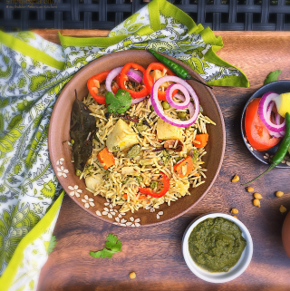 One Pot Mix Veg Green Biryani - Meatless Monday