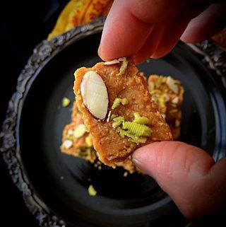 Besan ki Barfi - Glutenfree Fudge