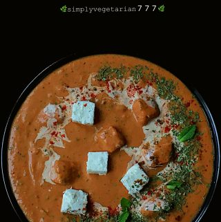 This 10 Minutes Quick Easy Paneer Makhani Recipe is a must try for all the Paneer lovers. It is QUICK + EASY + EFFICIENT + DELICIOUS. This curry tastes best with soft Naan or Tandoori Roti. It is perfect to try on any busy weekday or a lazy weekend. #paneer #paneerrecipes #paneermakhani #tofumakhani #mughlai #quickcurry #easycurry