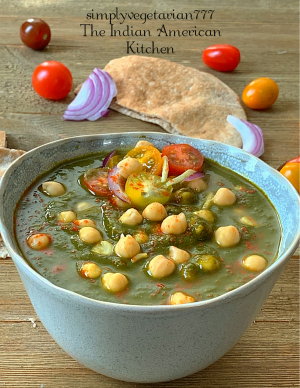 Chana Saag Instant Pot Recipe is finger licking delicious. It is very easy to make Chana Saag in Instant Pot. You can serve it with Rice or Naan. #chanasaag #saag #chanamasala #palaksaag #spinach #chickpes #instantpotchanasaag #veganrecipes #indianvegan #glutenfreevegan