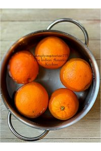 This Instant Pot Orange Marmalade is a keeper recipe. Just 2 ingredients and so much less time, it is amazing. The best part is that it is free of additives and all natural. #orangemarmalade #instantpotmaramalade #orangerecipes #noadditive