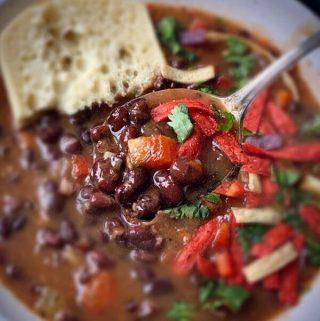 how to make panera copycat black bean soup?